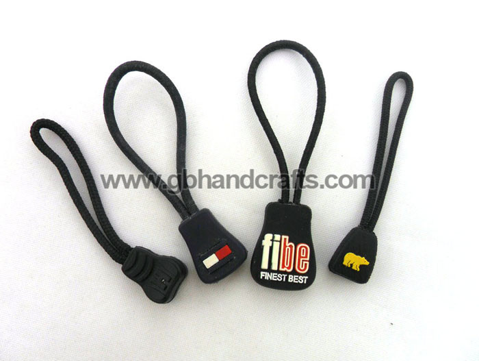 1807 - soft pvc  zipper puller